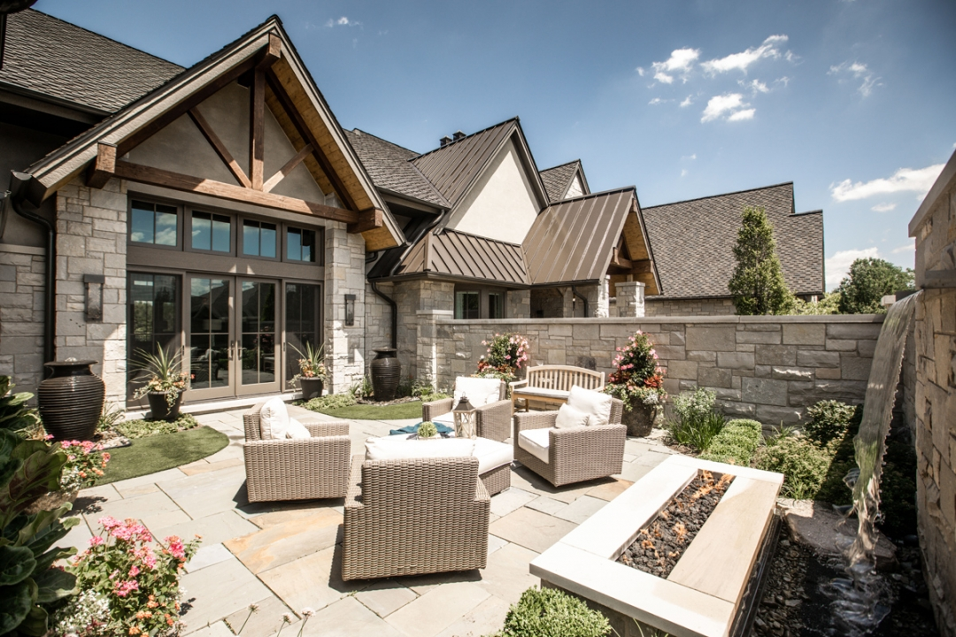 A Midwest Take on Mountain Style – Village of Lakewood, IL