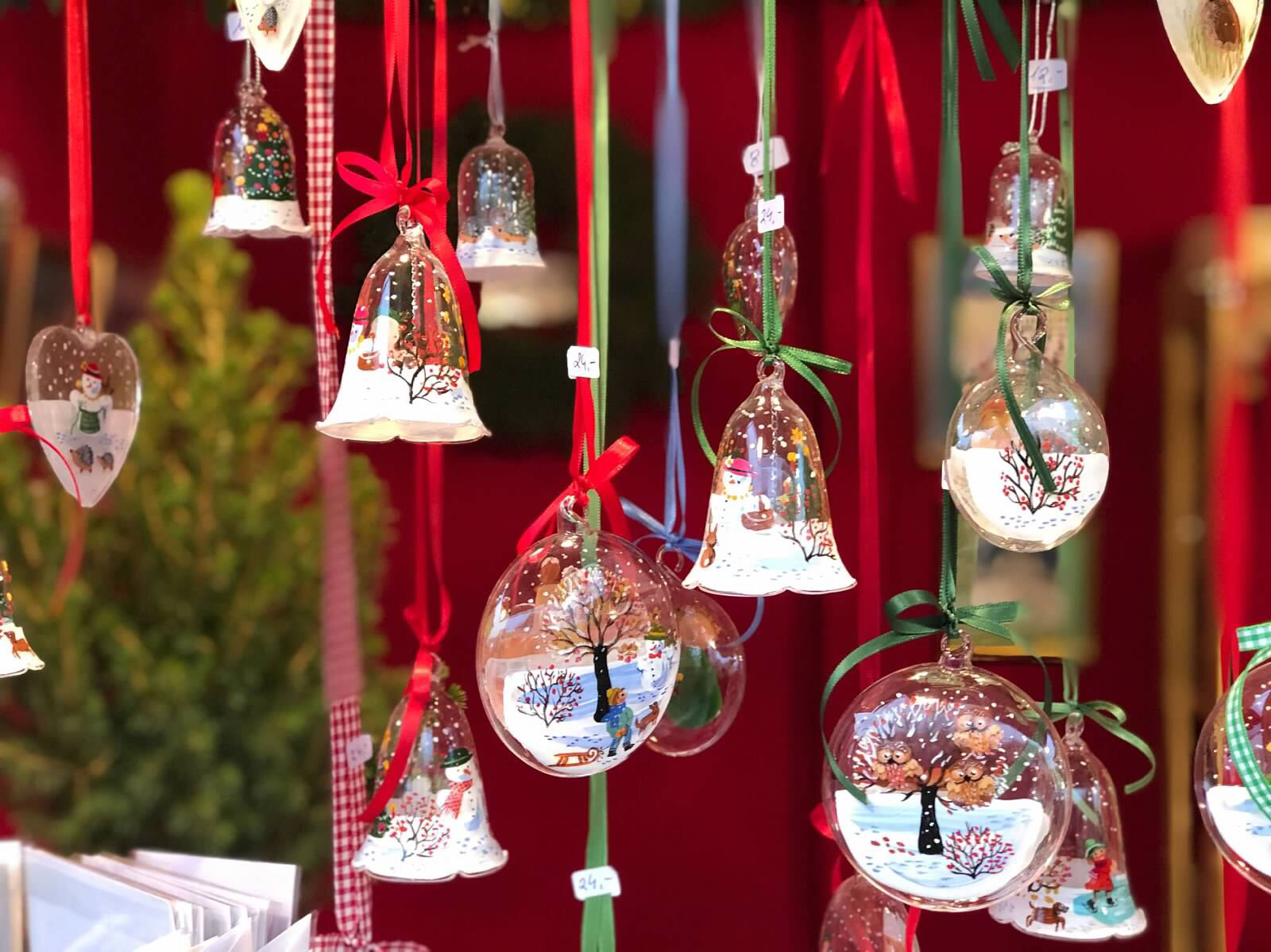 Hand-painted ornaments, Christmas market, Vienna