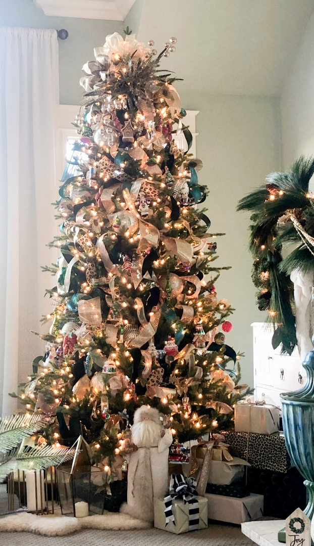 residential christmas tree, ribbons, ornaments, turquoise, gifts, santa doll
